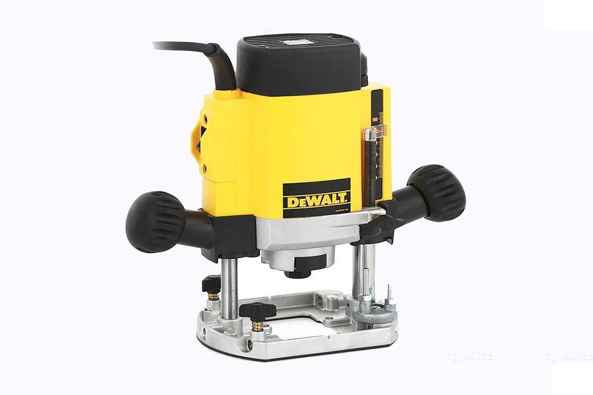 máy phay gỗ cầm tay DEWALT DW615