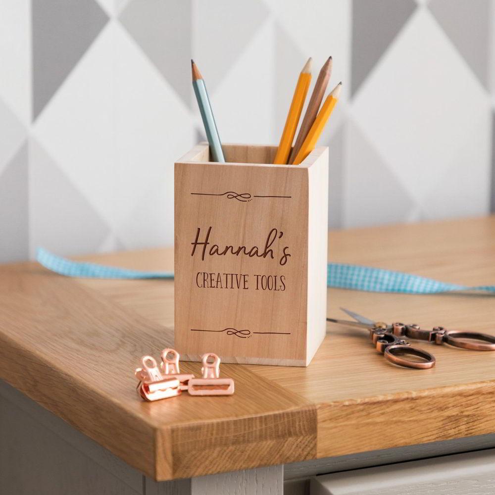 ống bút gỗ để bàn làm việc