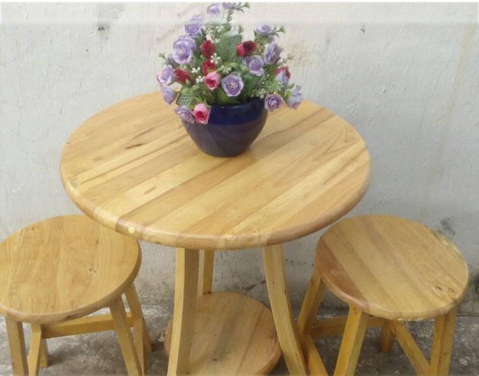 Bộ bàn trà bằng gỗ cao su