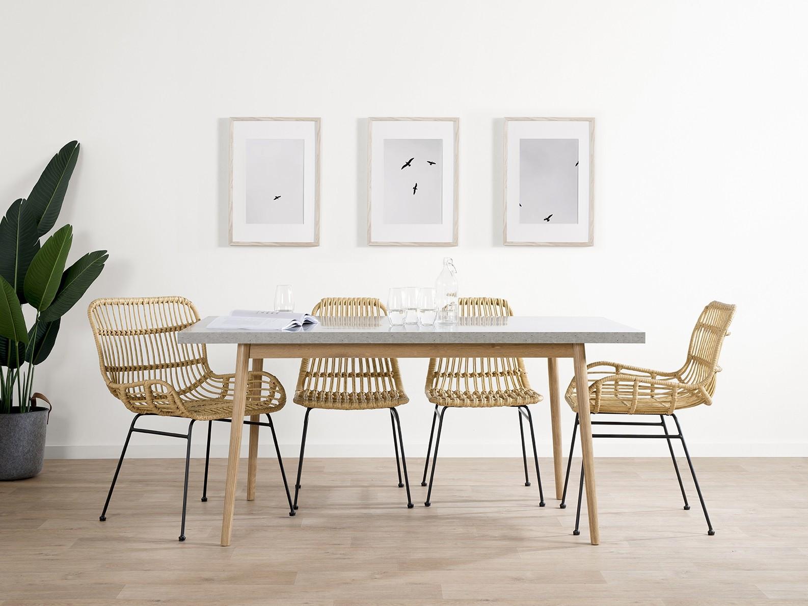 Bàn ghế ăn phong cách tối giản