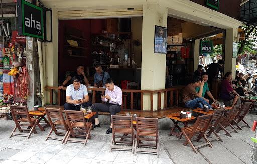 Bàn ghế cafe quán cóc