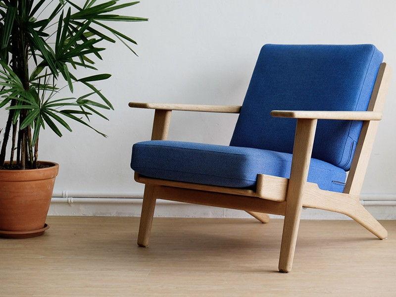 Ghế Sofa cafe khung gỗ nệm