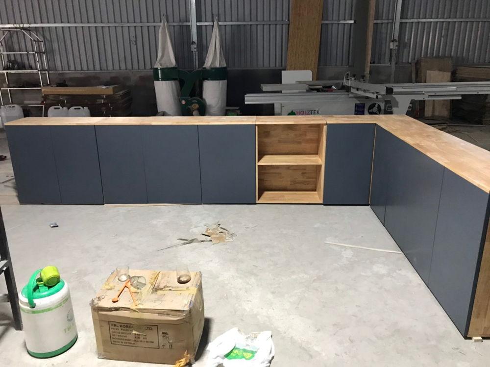 Nhá hàng cái tủ bếp trên module nè