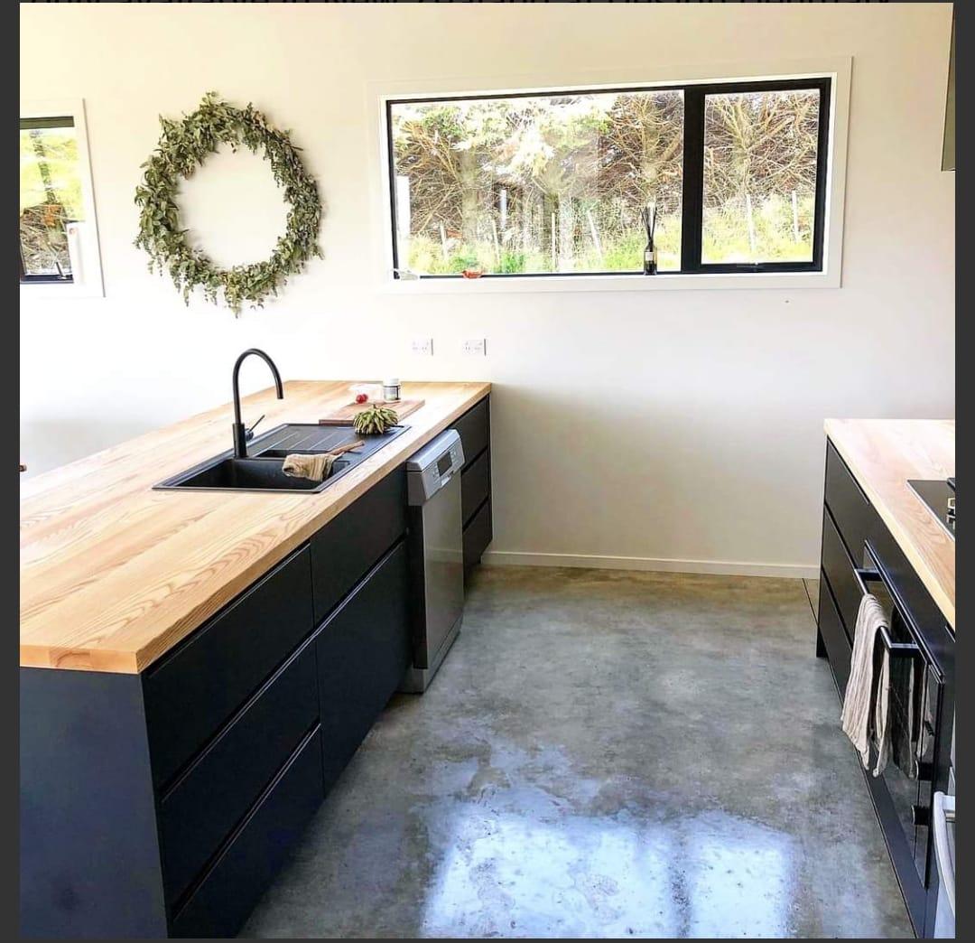 WOCA và mặt đảo bếp gỗ ASH