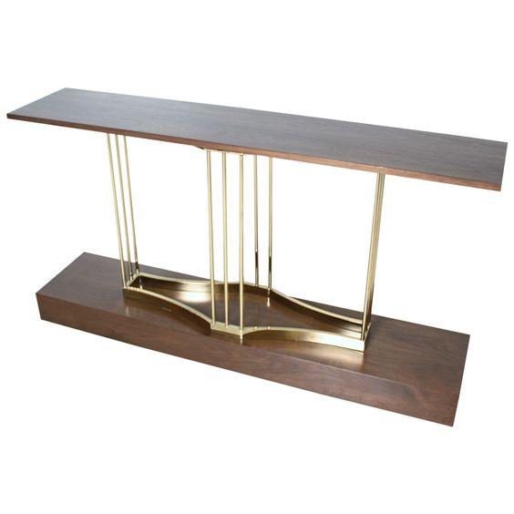Khung inox vàng đồng kết hợp với gỗ tự nhiên cho bàn console