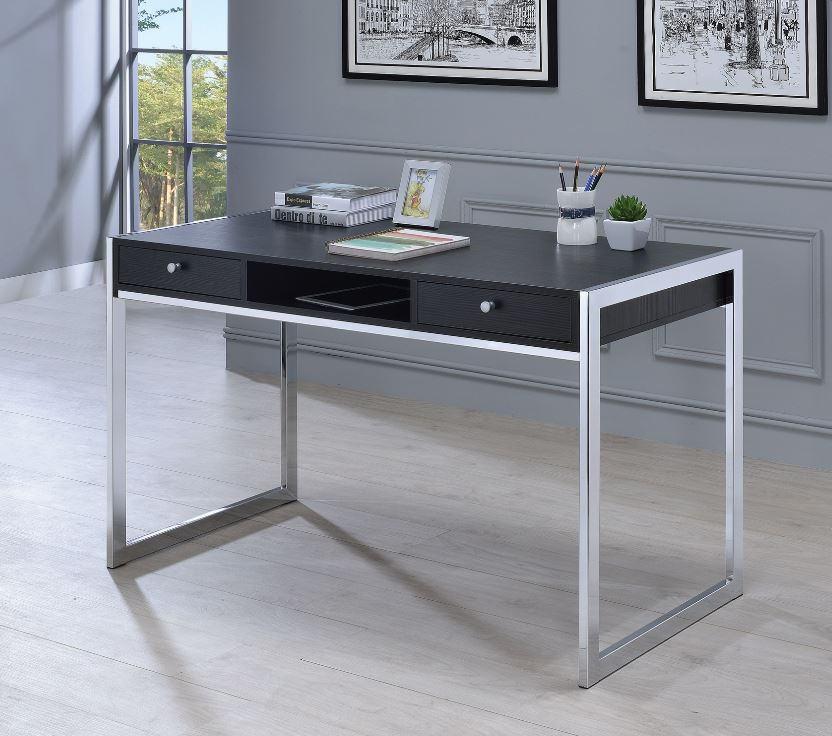 Chân inox kết hợp với màu gỗ đen tạo nên chiếc bàn làm việc sang trọng