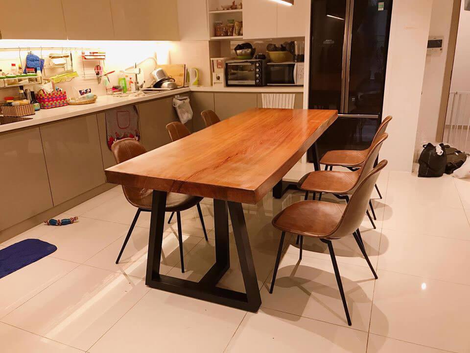 bàn ăn gỗ tự nhiên nguyên khối