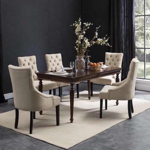 Mẫu bàn ăn phong cách tân cổ điển