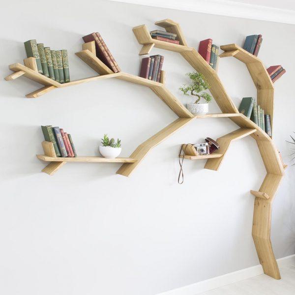 Kệ sách gỗ nhánh cây