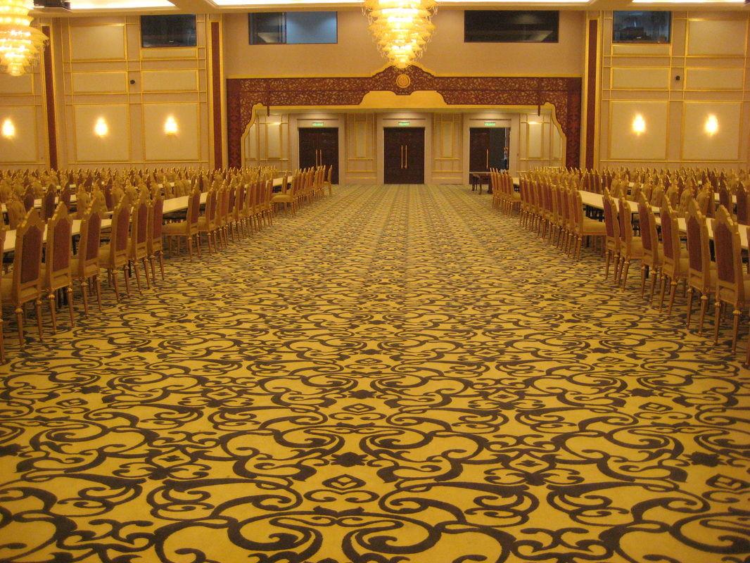 Thảm cuộn họa tiết phức tạp cho hội trường nhà hàng tiệc cưới