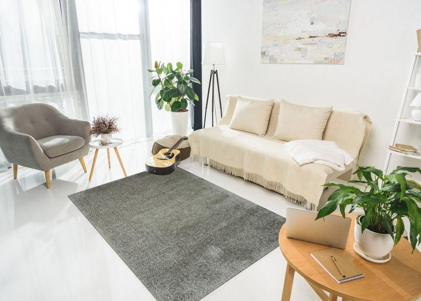 Thảm lông xù phòng khách màu nâu