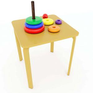 Bàn mầm non mặt bàn vuông gỗ cao su màu vàng 60x60x53cm KGD006