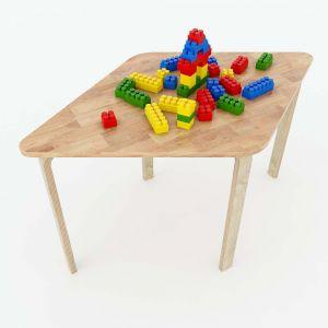 Bàn mầm non mặt bàn hình thoi gỗ cao su 94x57x53cm KGD009