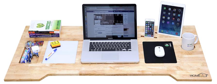 [Báo vnreview]  Tặng bạn đọc 02 bàn công nghệ của HomeOffice.com.vn