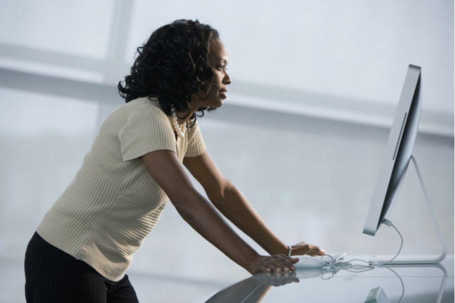 5 sai lầm thường mắc phải khi đứng làm việc