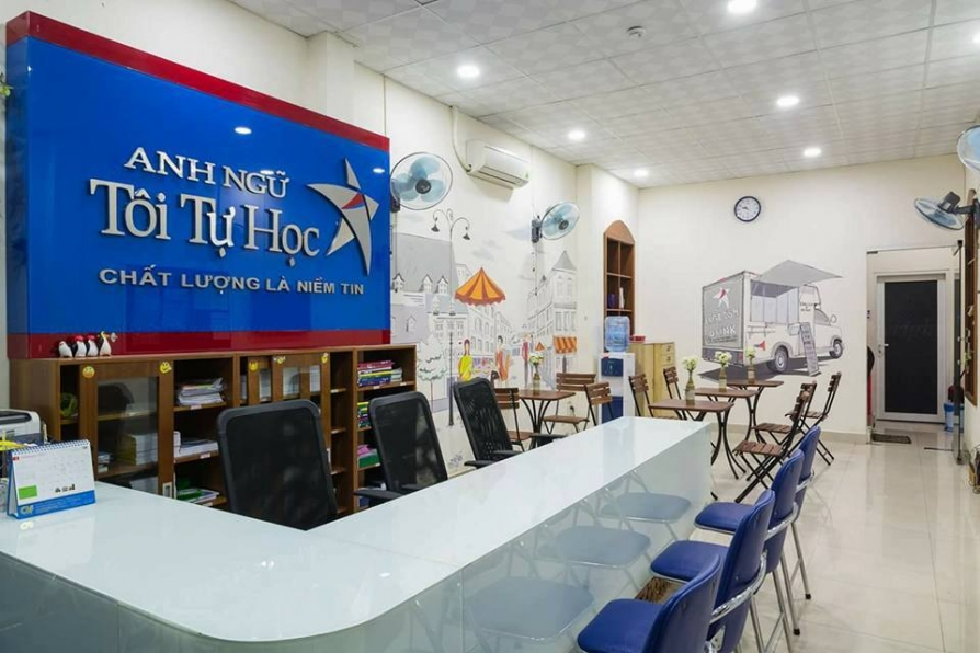 Thi công nội thất phòng học cho trung tâm anh ngữ Tôi Tự Học