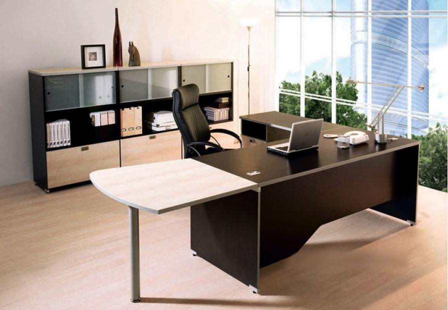 Đặt bàn làm việc theo phong thuỷ với 9 quy luật để thành công