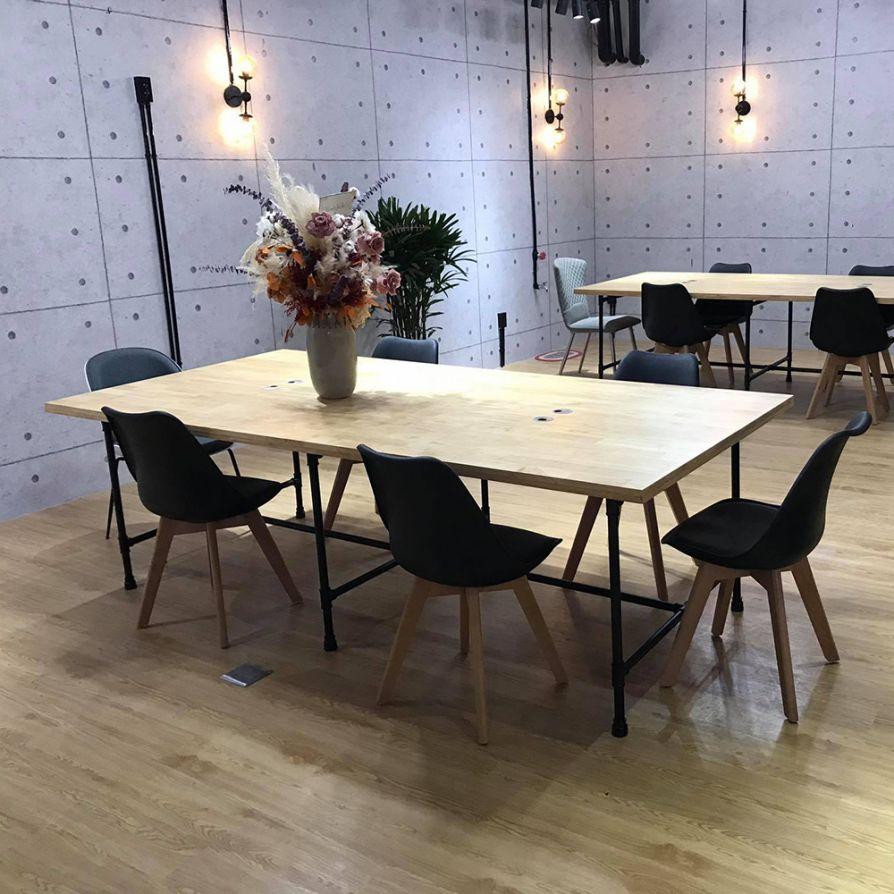 14 Concept thiết kế bàn làm việc văn phòng của HOMEOFFICE