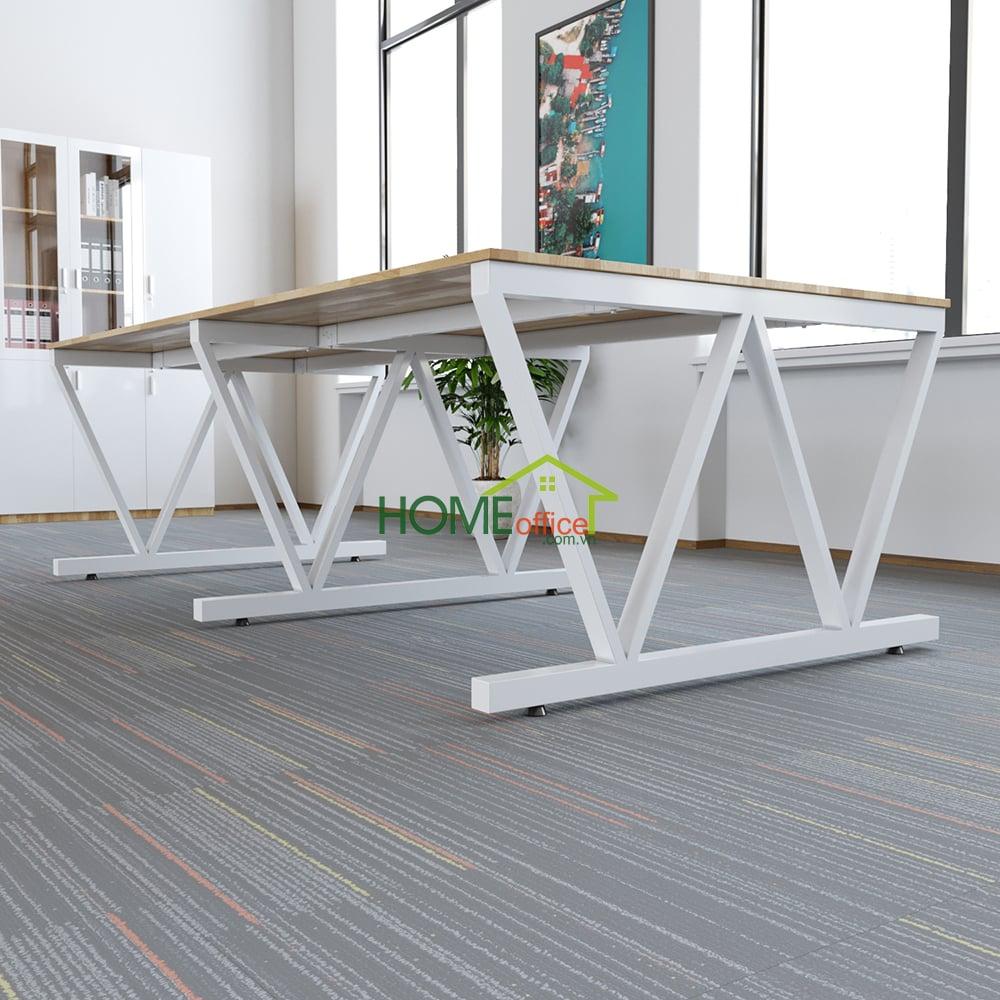 Kích thước 120x240cm tiêu chuẩn cho bàn văn phòng