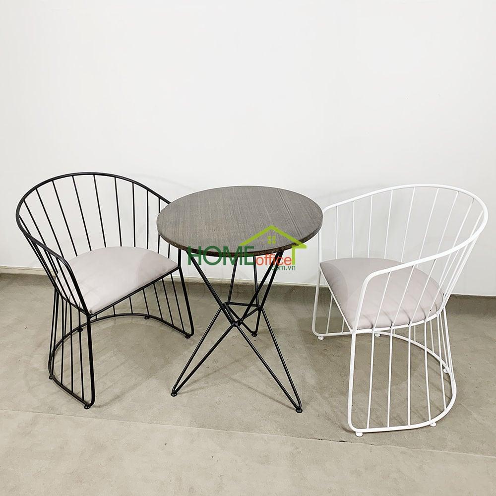 Bộ bàn cafe Gỗ Tre và 2 ghế vòm khung sắt