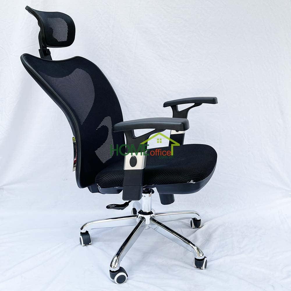 Ghế xử dụng 2 cần điều khiển nâng hạ và ngả nằm