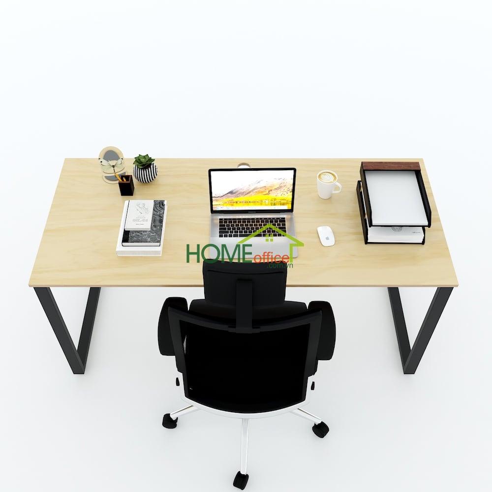 bàn làm việc kích thước lớn